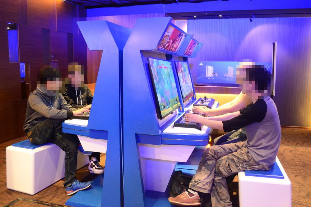 Play_Station_01