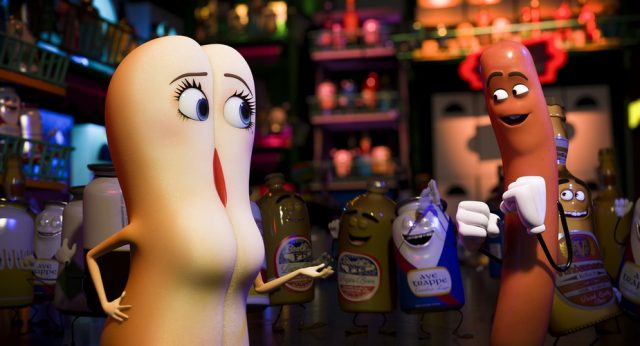 Brenda (Kristen Wiig) and Frank (Seth Rogen) in Columbia Pictures' SAUSAGE PARTY.